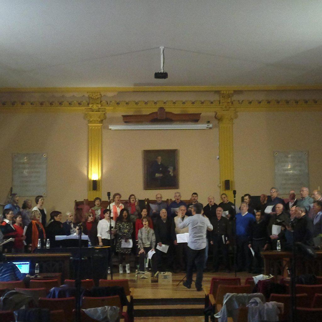 Coro Orfeón Logroñes - Grabación En El Salón De Actos Del Instituto Sagasta